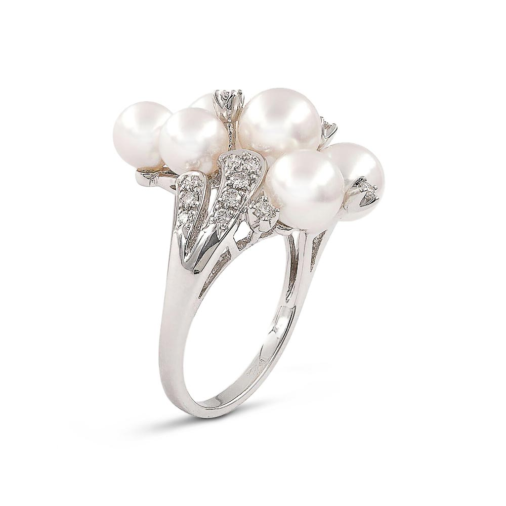 Product-photography-jewelry-pearl